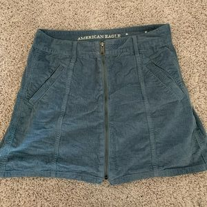 Really cute velvet American Eagle skirt